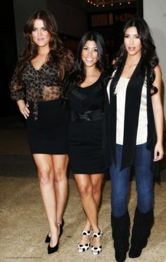 kardashians. love khloes outfit