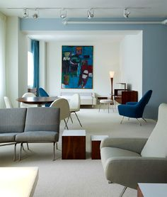 Nice color combination with furniture and art. Demisch Danant mid century #modern #interior #art