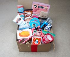DIY Manicure Christmas gift box, filled with lovely bits for your fingers and toes, a great gift for her - a young girl, mum, nan aunty, friend, grandma- pack it in gift box, filled boxed hampers, an unusual xmas present idea. www.packitingifts.co.uk