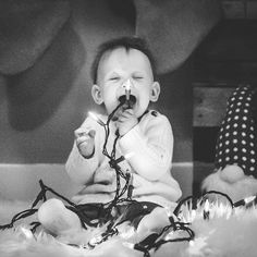""" 'Tis the season to be jolly. Holiday Mini Session, Mini Sessions, Christmas Minis, Christmas Lights, Tis The Season, Seasons, Photo And Video, Children, Happy"