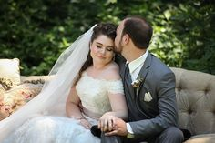 Haley & John - Vintage Inspired | Photos by Malick Photo | As seen on TodaysBride.com | Real ohio wedding, vintage wedding decor ideas, wedding photography,