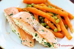 Opäť jeden tip na rýchly letný obed - jedno z mojich najobľúbenejších jedál. Takto upravený losos je neskutočne lahodný a mrkva s hráškom ako príloha zasýtia tak, že netreba nič iné. Maximálne trochu nových zemiačikov s vňaťkou. :)láska ide cez žalúdok, vaše obľúbené recepty