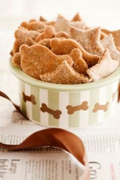 Bodeen's Peanut Butter Dog Biscuits
