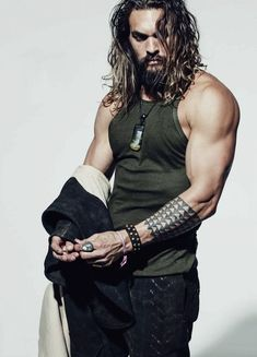 """justiceleague: """"Jason Momoa photographed by Norman Jean Roy """" Jason Momoa Aquaman, Pretty People, Beautiful People, Hipster Noir, Norman Jean Roy, Normal Guys, Poses References, Good Looking Men, Gorgeous Men"""