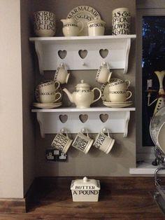 Love this gorgeous Emma Bridgewater Toast & Marmalade display.
