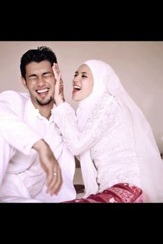 Adorable muslim couple.