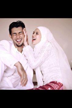 Adorable muslim couple.