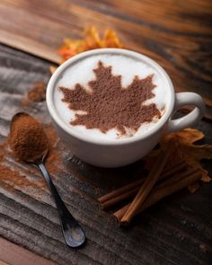 Nadire Atas on Cafe , Tea, Desserts and Lovely Flowers Fall in Love — Get a sip of the season with a Cinnamon Maple Latte, made with cinnamon and real maple syrup fresh at our coffee bar! Café Chocolate, Chocolate Fashion, Retro Cafe, Autumn Cozy, Autumn Fall, Autumn Coffee, Autumn Feeling, Autumn Tea, Autumn Harvest