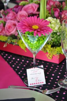 Candy place setting favor of jellybeans in a martini glass