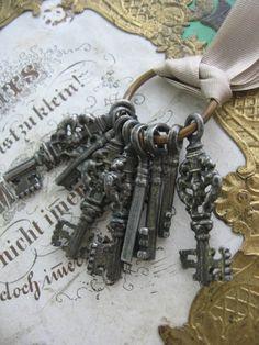 S O L D ! Vintage Skeleton Key Charms