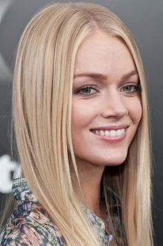 Lindsay Ellingson sleek, straight hair, middle part