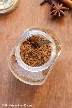 THE CHEF and HER KITCHEN: Garam Masala Powder   Punjabi Garam Masala Recipe