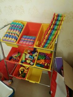 Toy tray with toys ... 150sr