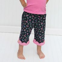 Kipper Capri Pants - free pattern and tutorial NB: this pattern currently only goes to size 4