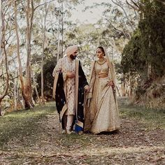 #Sabyasachi #HeritageBridal #RealBride @siimrandhawa @bridesofsabyasachi #RealGroom #Australia #TheSabyasachiBrideAndGroom #HandCraftedInIndia #IndianBridesAroundTheWorld  #IncredibleIndianWeddings #TheWorldOfSabyasachi Photographer @danellebohane