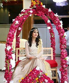 New Wedding Ceremony Ideas Seating Flower Ideas Wedding Ceremony Ideas, Wedding Mandap, Desi Wedding, Wedding Bride, Wedding Venues, Wedding Gate, Wedding Dresses, Wedding Night Room Decorations, Indian Wedding Decorations