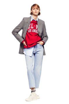 Zara Plaid Blazer Checked Blazer, Plaid Blazer, Zara Models, Boyish Style, Zara Outfit, Loose Jeans, Faux Leather Skirt, Jacket Buttons, Black Crop Tops
