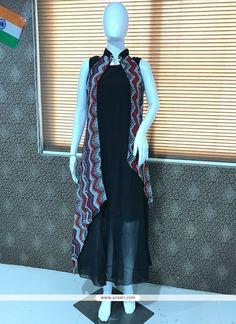 Party Wear Kurtis, Party Wear Dresses, Shrug For Dresses, Dresses For Sale, Indian Dresses, Indian Suits, Salwar Designs, Anarkali Dress, Indian Ethnic Wear