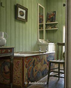 Charleston Farmhouse, Sussex. Bathroom.