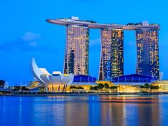 Top 10 Tourist Attractions in Singapore - Tour To Planet Sands Hotel Singapore, Singapore Tour, Visit Singapore, Photo Escape, The Wonderful Country, Singapore Island, Sightseeing Bus, Gardens By The Bay, World Heritage Sites