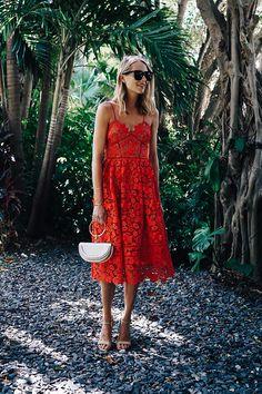 Blonde Woman Wearing Self Portrait Azaelea Red Lace Midi Dress Chloe White Nile Handbag Fashion Jackson Dallas Blogger Fashion Blogger