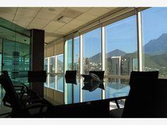 Oficina acondicionada y amueblada en renta en Av. Gomez Morin