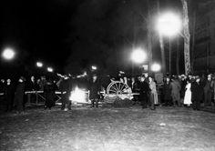 Manifestations du 6 février 1934 : barricades dans une rue de Paris, 1934