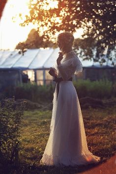 A rustic Lithuanian village wedding celebrating old traditions and a simpler way of life | The Natural Wedding Company