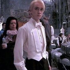 Draco Harry Potter, Mode Harry Potter, Draco And Hermione, Harry Potter Facts, Harry Potter Universal, Harry Potter Characters, Hermione Granger, Pansy Harry Potter, Draco Malfoy Fanfiction
