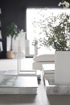 White kubus_by lassen