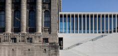 Ανοίγει η νέα εντυπωσιακή πτέρυγα στο Νησί των Μουσείων στο Βερολίνο Metal Processing, Ancient Greek Art, Greek Culture, Source Of Inspiration, Civilization, This Is Us, Skyscraper, Greece, Multi Story Building