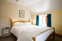 Double bed room #selfcatering @stayryehillfarmuk