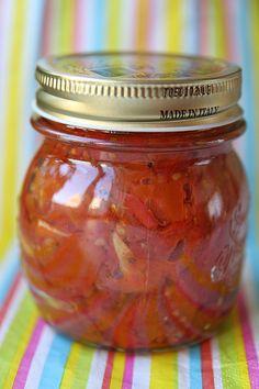 Paneme päikesemaitse purki ehk ahjukuivatatud tomatid pimedate aegade tarbeks