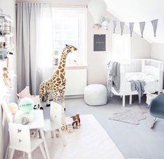 Beautiful nursery inspiration coming from the amazingly talented featuring our hot air balloon light by west_stanton Chic Nursery, Nursery Neutral, Nursery Room, Kids Bedroom, Nursery Decor, Baby Bedroom Ideas Neutral, Toddler Rooms, Baby Boy Rooms, Murs Beiges