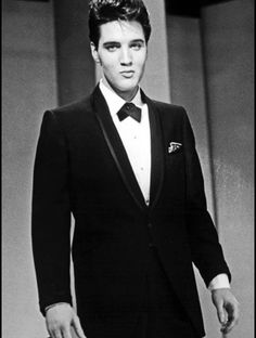1960 - did any other man ever look better in a suit? I think not.  Via Elvis Mobile App.