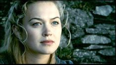 Isolde dreams in Ireland. Tristan and Isolde, 2006. Fight With Best Friend, Spencer Locke, Tristan Isolde, Sophia Myles, Julie Gonzalo, Tumblr Stories, Story Inspiration, Story Ideas, Writing Inspiration
