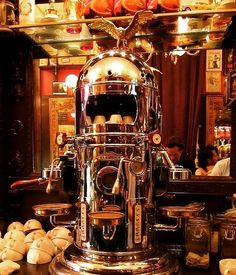 At Espresso Outlet, we have a full range of espresso machines and grinders that can bring espresso perfection into your home. Our home machine offering is very robust, with machines from the best home espresso machine brands in the world. Cappuccino Maker, Cappuccino Machine, Cappuccino Coffee, Coffee Mugs, Coffee Shops, Coffee Maker, Barista, Cafetiere Expresso, Café Chocolate