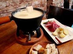 WISCONSIN CHEESE FONDUE | The Melting Pot Copycat Recipes http://themerestaurantsathome.blogspot.com/2013/03/the-melting-pot-wisconsin-cheese-fondue.html  ⇨ Follow City Girl at link https://www.pinterest.com/citygirlpideas/ for great pins and recipes!  ☕