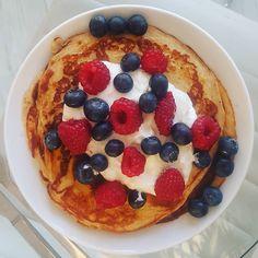Sundays  #brunch #ProteinPancakes #HerbalifePancakes #healthy by hillarygalvez