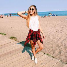 Lauren!!!!!!!!!!!!!!! I love her!!!!!!