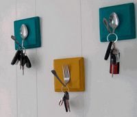 Diy handmade home decorations reuse recycle 7 Handmade Home Decor, Diy Home Decor, Handmade Gifts, Diy Casa, Deco Originale, Key Rack, Rack Design, Creative Decor, Diy Kitchen
