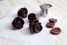 Dark Chocolate Taffy Flowers