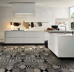 Black and white patchwork tiles. - How Patchwork Tiles can make a room Beautiful - Floor Design, Tile Design, House Design, Ceramic Design, Design Color, Patchwork Tiles, Black And White Tiles, Black White, Encaustic Tile