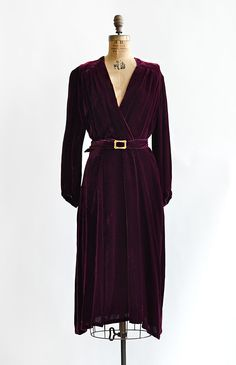 vintage 1930s velvet mulberry wine dress with belt