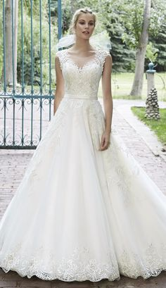 lace wedding dress, by Maggie Sottero
