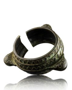 Ivory Coast | Bracelet from the Ebrie people | Bronze alloy | 10 CHF ~ sold (Oct '12)