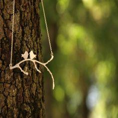 "Collar ""Lovely branch"". Colgante de plata ""lovely branch"" con pareja de pajaritos en rama (incluye cadena de plata). Realizado a mano, 100% artesanal."