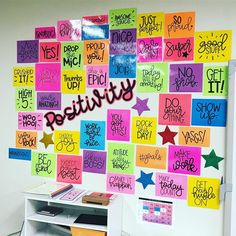 Our positivity wall is growing! Character Bulletin Boards, Back To School Bulletin Boards, Preschool Bulletin Boards, Classroom Bulletin Boards, Classroom Crafts, Classroom Themes, Classroom Design, Music Classroom, Future Classroom