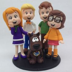 Scooby & the Gang Polymer Clay Figures, Fondant Figures, Clay Projects, Clay Crafts, Bolo Scooby Doo, Fondant Cake Toppers, Fondant Cupcakes, Cupcake Toppers, Cake Templates