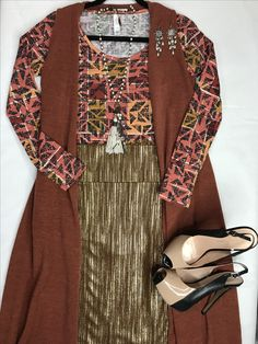 LuLaRoe outfit. Elegant collection Cassie with Joy and Lynnae
